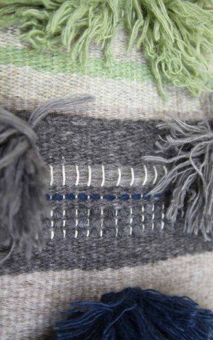 grey:blue tufts