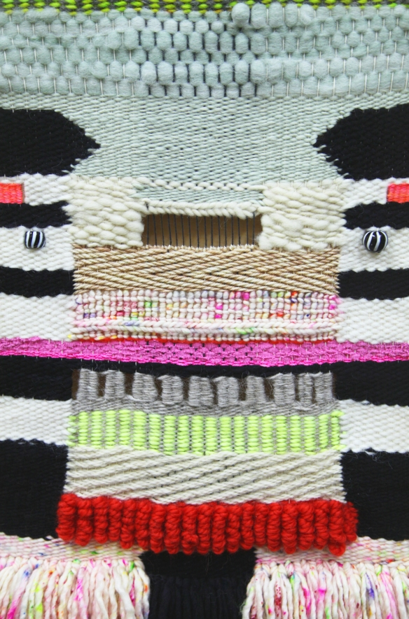 email_weaving-close-up